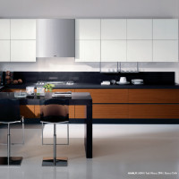 Amalfi Kitchen Design with Teak Abaco and Bianco Delhi finish