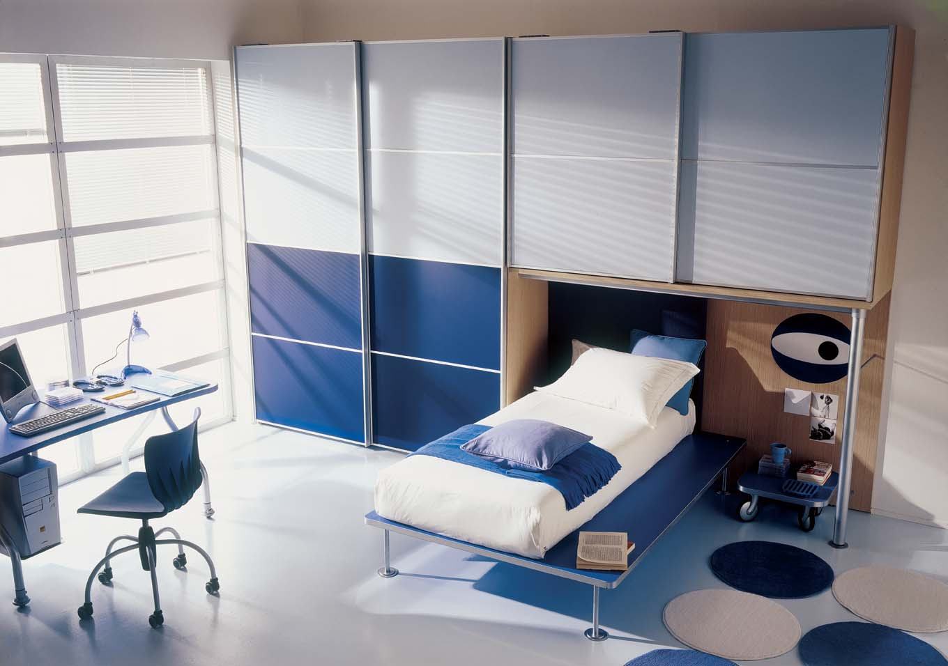 Blue kids bedroom interior for Funky boys bedroom ideas