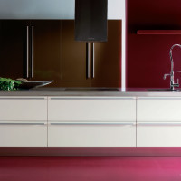 Chia Kitchen Design with Marrone Hawre containers and Bianco Astoria units