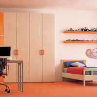 Teen Bedroom Orange - Cream
