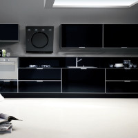 Tropea Kitchen Design with Nero Cayenna coloured glass