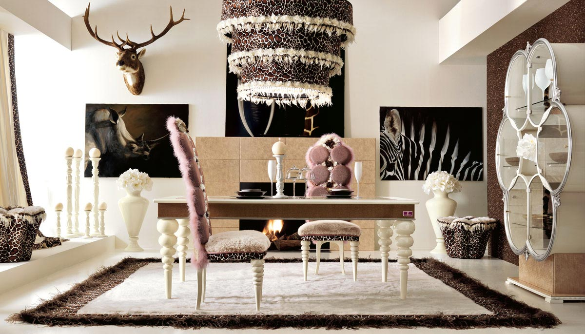 Luxurious Dining Area - StyleHomes.net