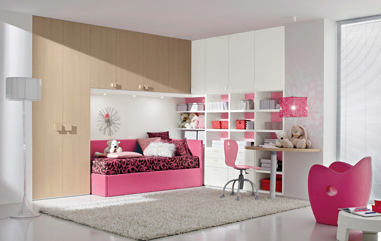 Pink Bedroom Design for Girl