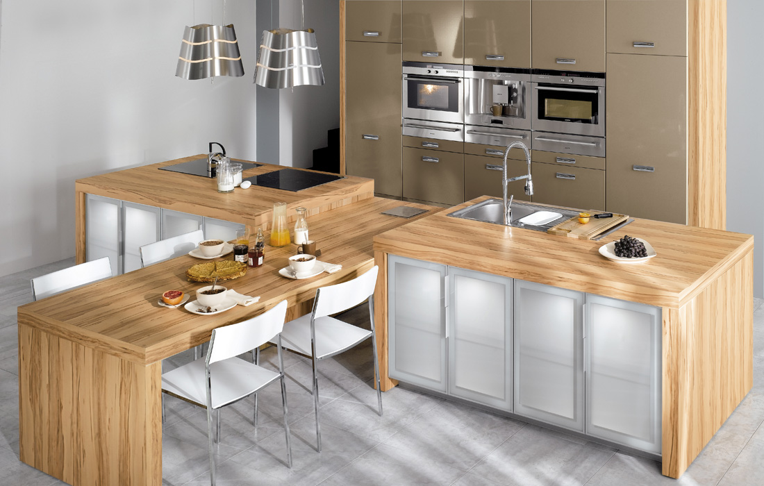 Light wood kitchen design for Kitchen set kayu