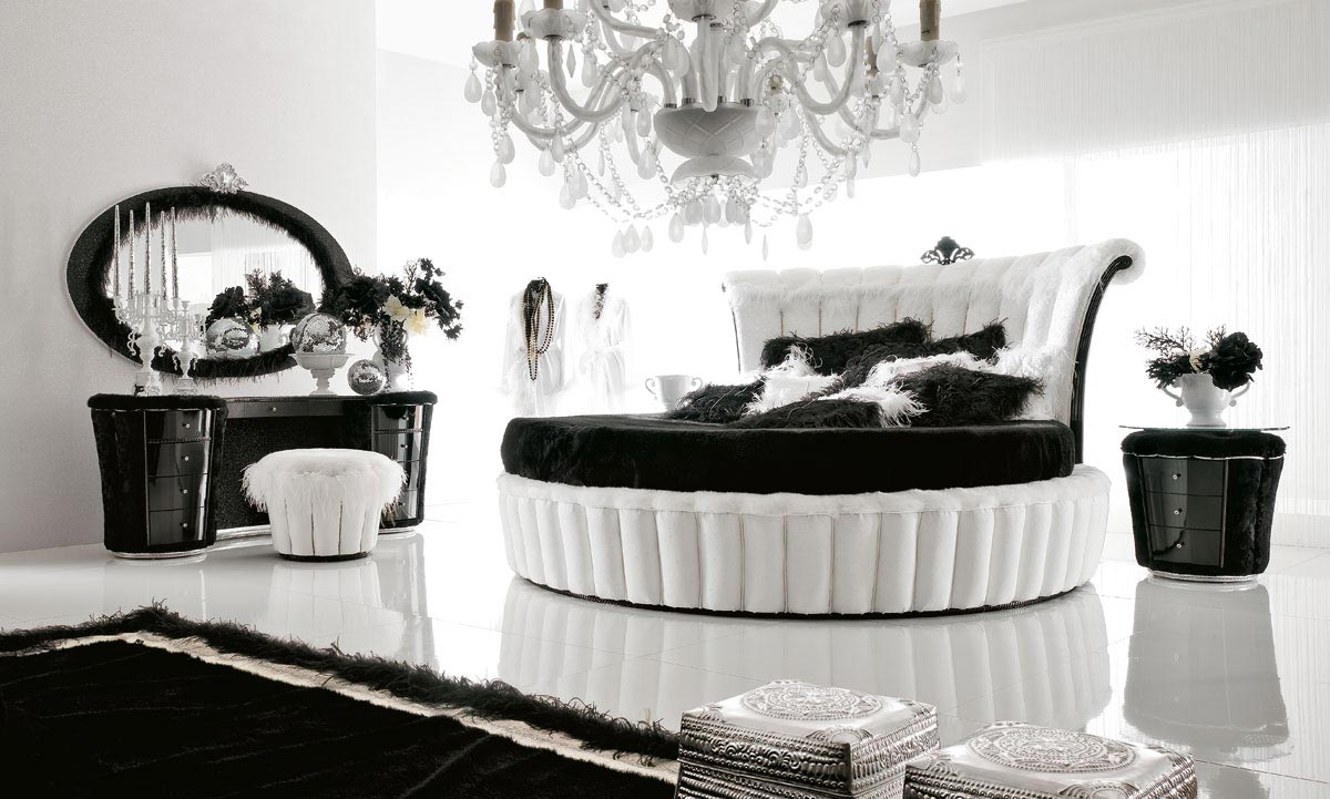 Luxurious Black White Bedroom Design