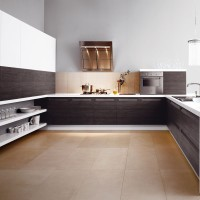 Modern Simple and Spacious Kitchen