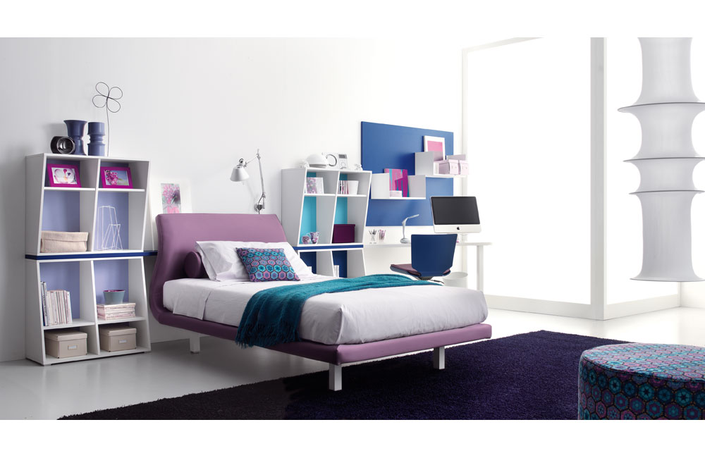 Purple blue teen bedroom for Blue teenage bedroom ideas