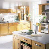 Shaker Light Oak Kitchen Design