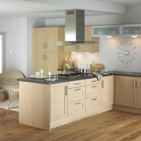 Shaker Natural Oak Kitchen Design