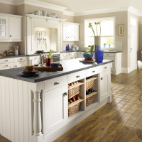 Traditional Kitchen Designs from Mint Value Kitchens