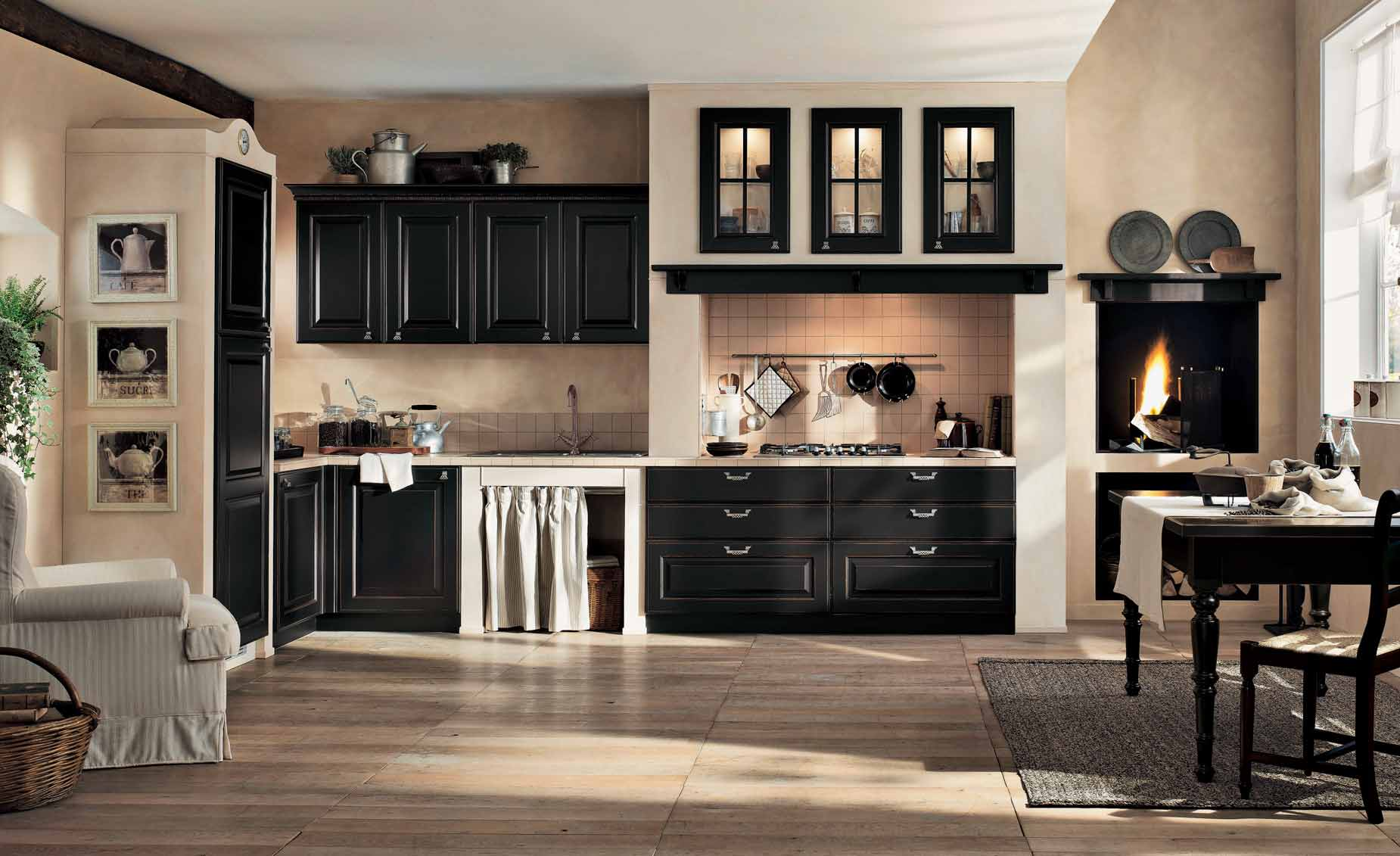 Kitchen Designs from Berloni ? Black and Cream Gaia Classic Kitchen