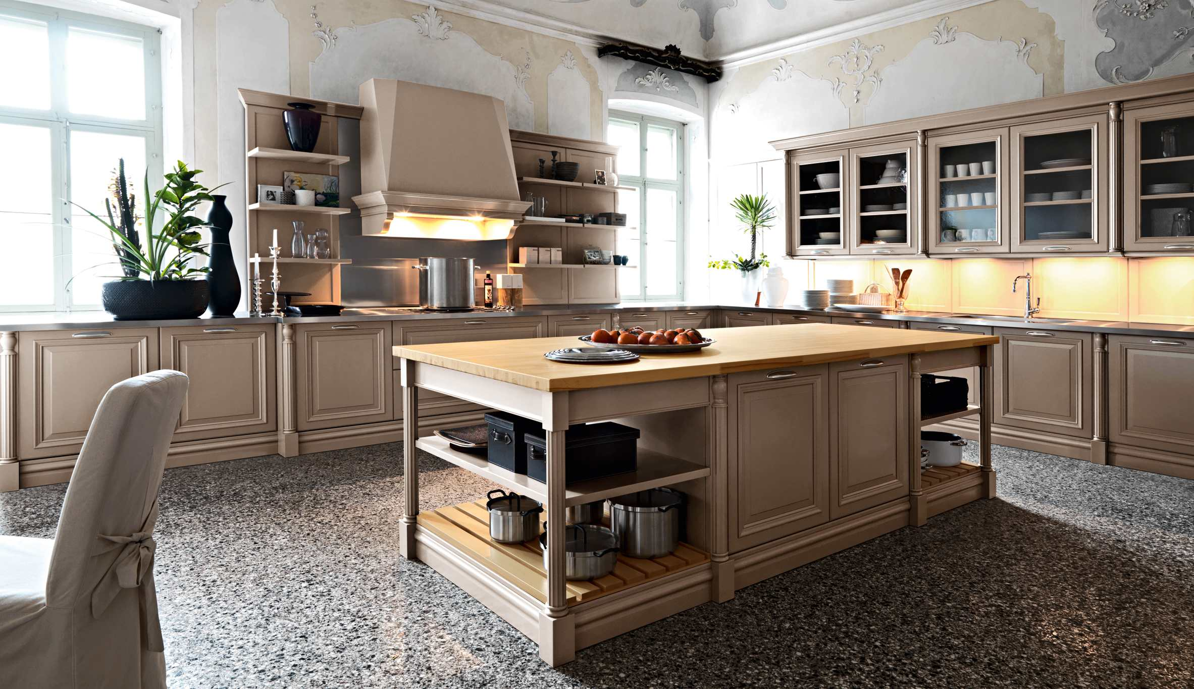 Elite Traditional Kitchen Interior Decor