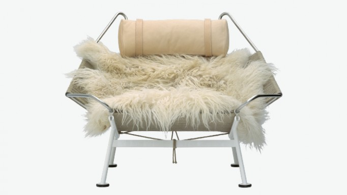 Flag Halyard Lounge Chair Front - PP Mobler