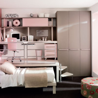 Small Teen Bedroom Design for Girl