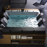 Large Whirlpool Bathtubs by Blubleu