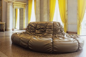 Chantilly Sofa Design