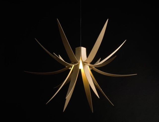 Sycamore Iris Pendant Light