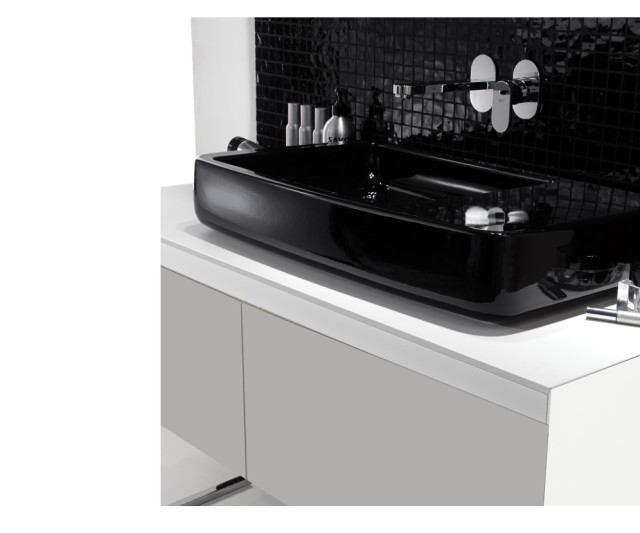 Ext Black and White Bathrooms - 1
