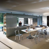 Two-Faceted Kitchen Design