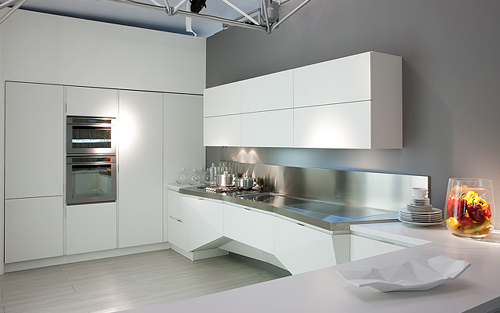 Mesh Futuristic Kitchen Design Florida-1