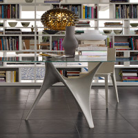 Modern Round Glass Dining Table By Molteni