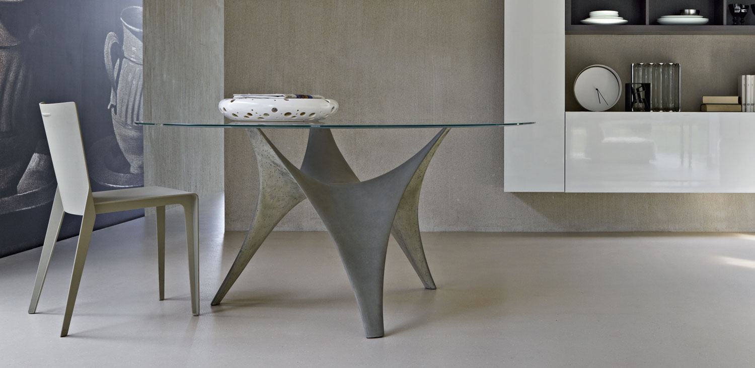 Modern round glass dining table molteni arc 02 - Tables rondes en verre ...