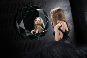 geometric wall mirror specchio diamante regia